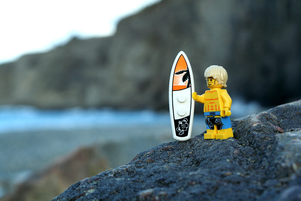 Wallpaper Hd Girl Sad Lego Surfer Middle Cove Beach The Sun Had Just Gone