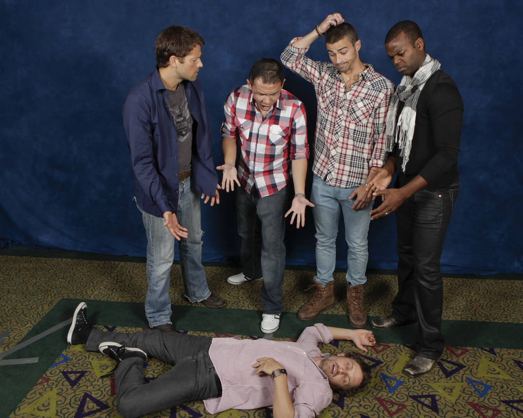 Cool 3d World Wallpaper Misha Collins Matt Cohen Demore Barnes And I Gasping Ov