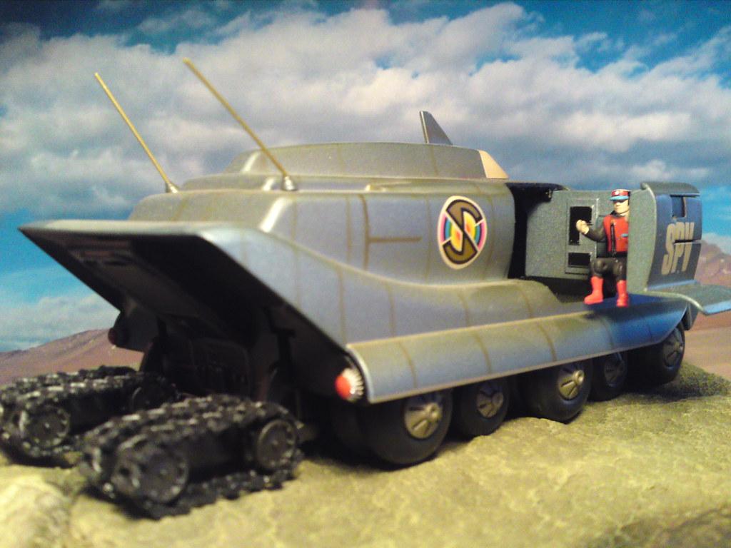 Rhino 3d Wallpaper Captain Scarlet Spv Spectrum Persuit Vehicle With Tracks