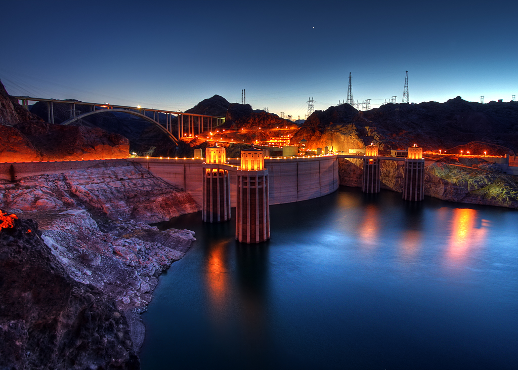 3d Sunset Wallpapers Free Hoover Dam At Twilight View In Full Size The Hoover Dam