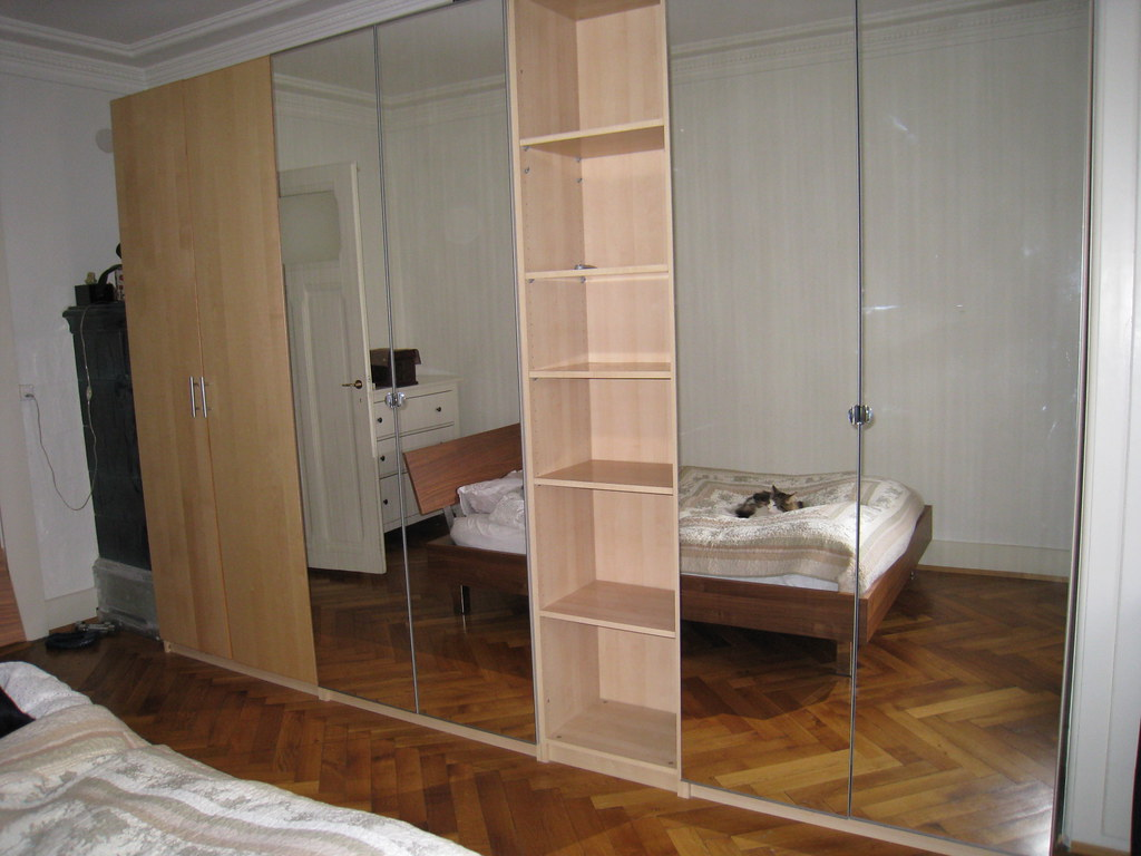 Ikea Pax 3d 3 Ikea Pax Wardrobes 2 With Mirror Doors Sold Left Is