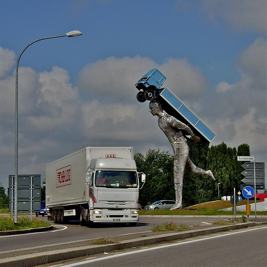 Cna jobs bologna borgo panigale monumento al camionista for Hotel bologna borgo panigale