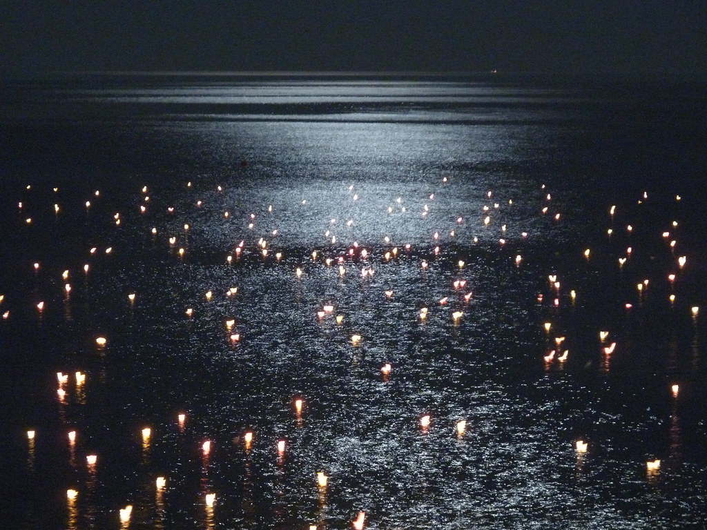 Welcome 3d Wallpaper Floating Candles In Celle Ligure Every Year On A