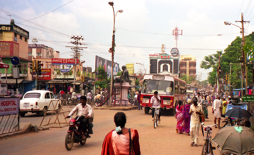 Create Animated Wallpaper South India Street Scene 2 Thanjavur Tamil Nadu India