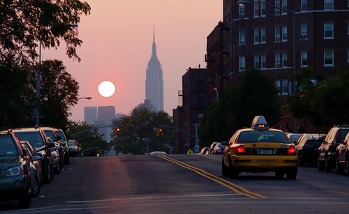 White Gold Wallpaper Hd Sunset Taxi Amp Empire State Building Sunnyside Queens