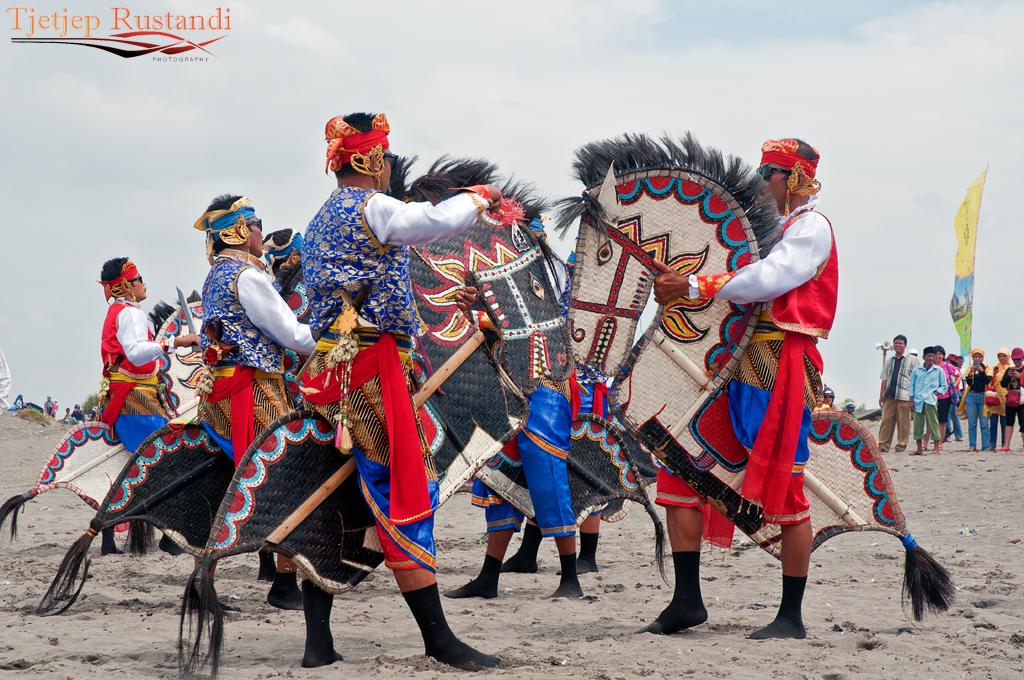 3d Dance Wallpaper National Kite Festival Kuda Lumping Dance Kuda Lumping
