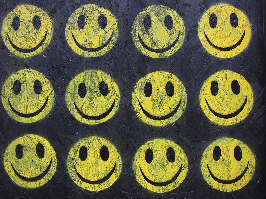 3d Street Art Wallpaper Ben Eine The Strangest Week Smiley Faces Acid House