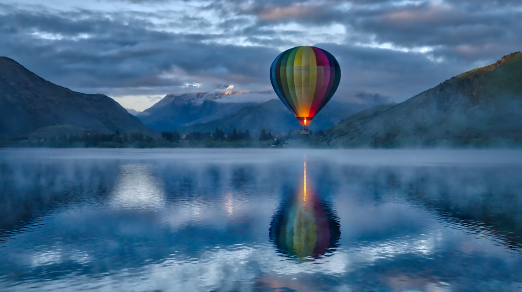 Morning 3d Wallpaper Hot Air Ballooning In The Morning A Pretty And Foggy