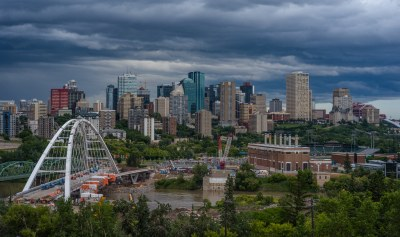 Edmonton Skyline | Finally the Laurence Decore Lookout lives… | Flickr