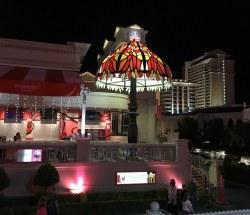 Gray Las Vegas Palace Serendipity Lamp Light Las Vegas Palace Serendipity Lamp Light Flickr Serendipity Las Vegas Breakfast Serendipity Las Vegas 1000 Sundae