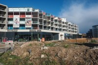 Dock Inn (1) | Shipping container hotel and hostel in ...