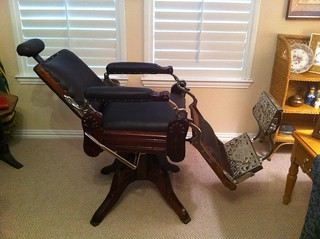 Antique Barber Chair 1901 This 1901 Jones Bros Co