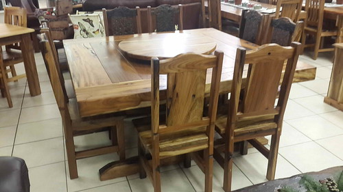 Kiaat Sleeper 16x16m Dining Table Chairs And Lazy Susan