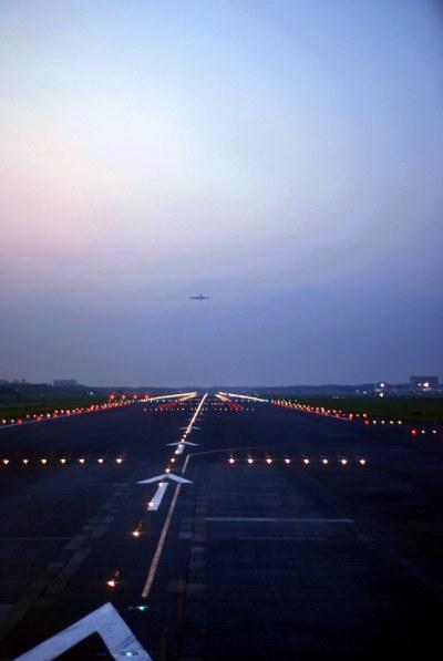 Tokyo Narita Airport Runway 東京成田空港 | Shunsuke Kuwayama | Flickr