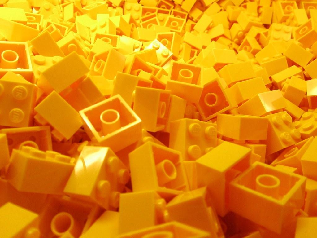 Free 3d Pile Of Bricks Wallpaper Lego Bricks Yellow 1 Alejandro Flickr