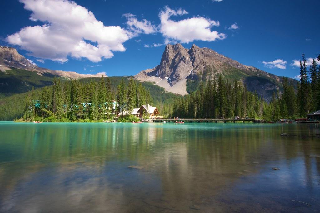 Bing Fall Desktop Wallpaper Emerald Lake Yoho Np British Columbia Canada Jonathan