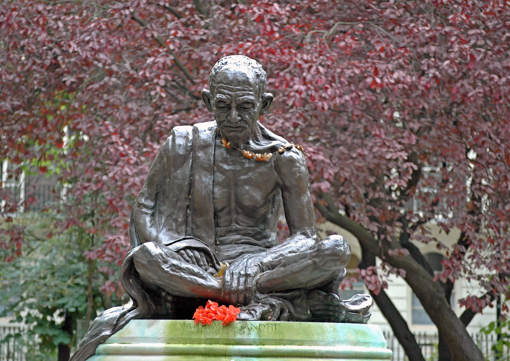 Free Wallpaper 3d Hd Gandhi At Tavistock Square Bloomsbury London This