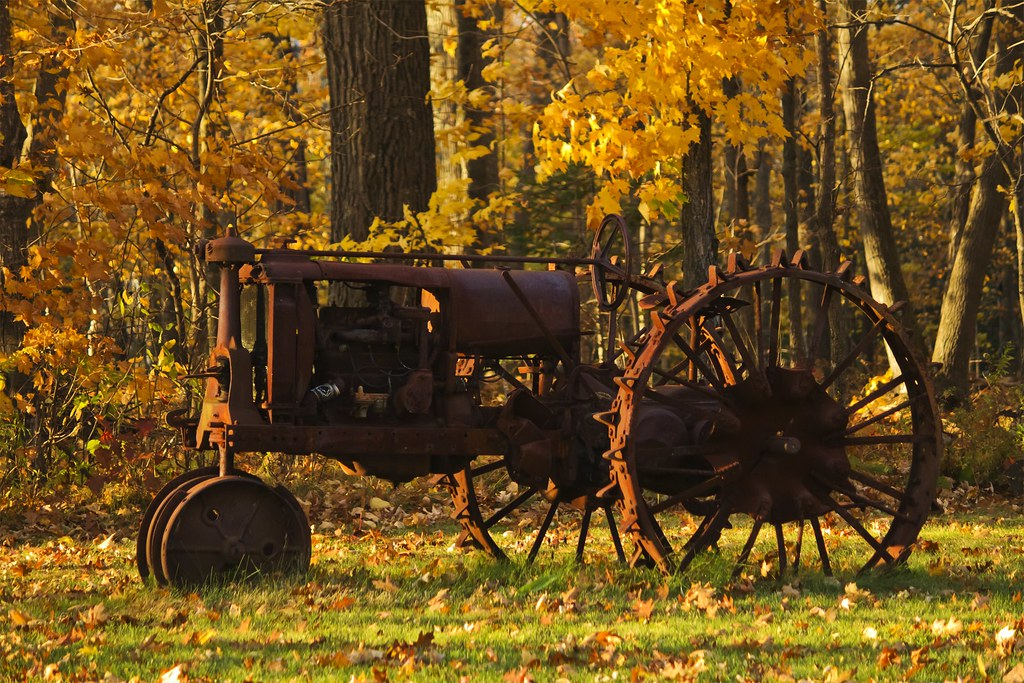 Fall The Sun Wallpaper Map6134 Vintage Fall Ride A Rusty Red Antique Farm