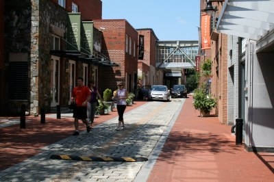 Cady's Alley NW   Cady's Alley in Georgetown is the only ...