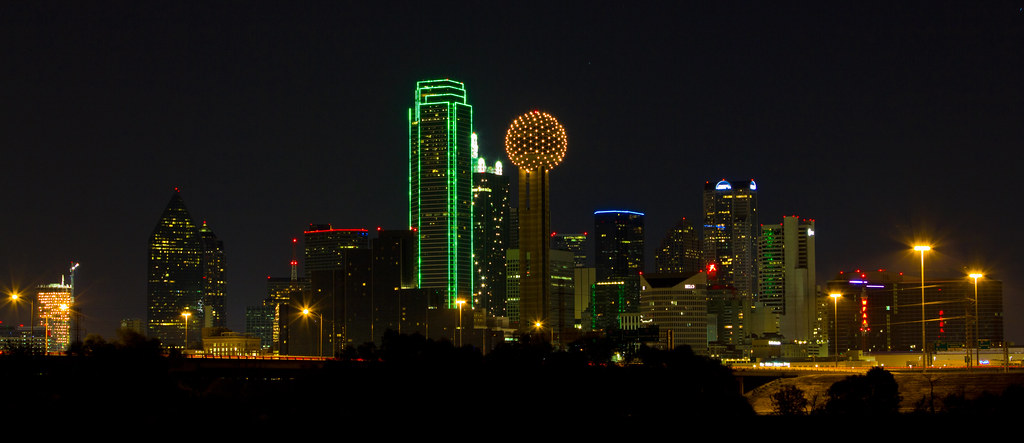 3d War Wallpaper Dallas Skyline At Night I Finally Found A Spot On The