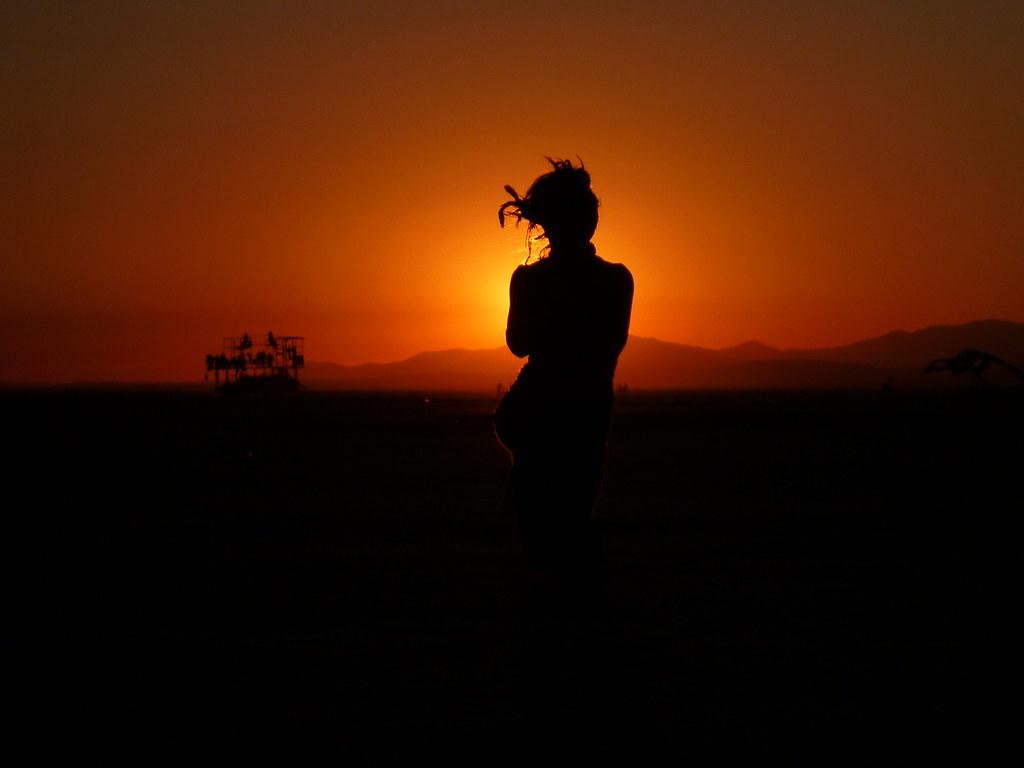 3d Girl Image Wallpaper Woman At Sunrise Sethoscope Flickr