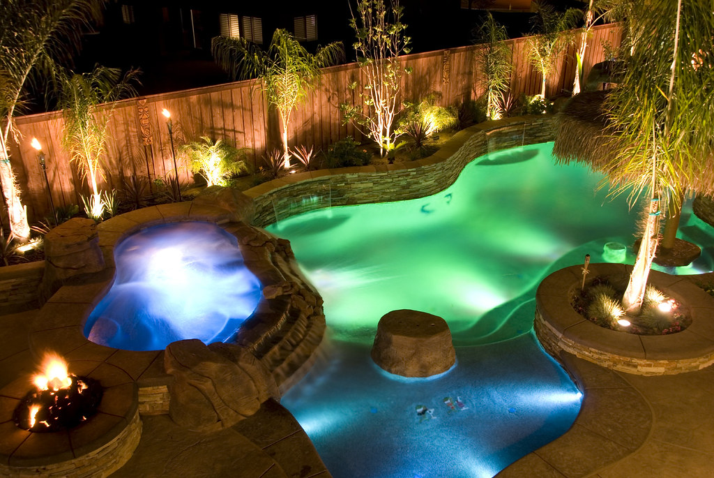Gartenlampen Led Raised Spa, Sun Shelf, Rock Feature And Pool Lighting | Flickr