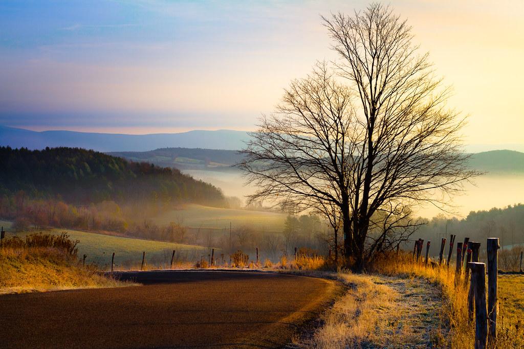 Free 3d Scenic Wallpaper Hilltop Road View Paul Jolicoeur Flickr