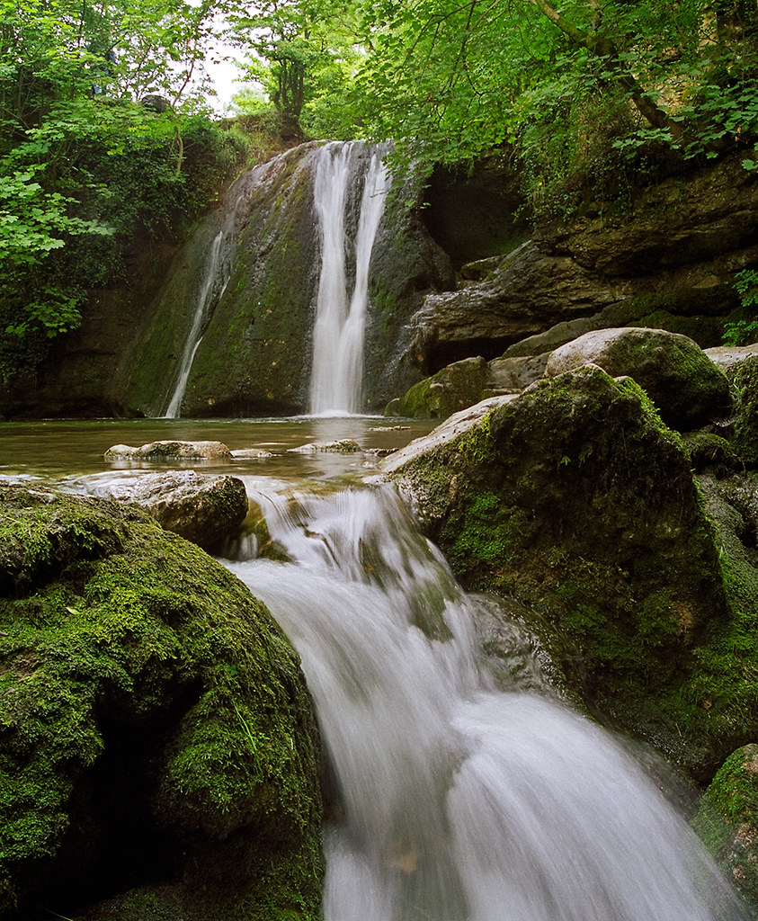 Queen Wallpaper Hd Janet S Foss Waterfalls Craven Yorkshire Uk An Enchan