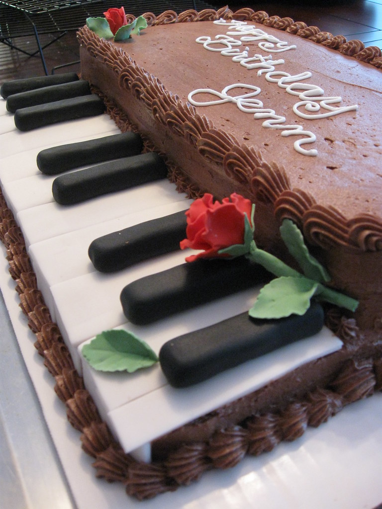 Keyboard Kuchen Piano Keyboard Cake Brenda Flickr