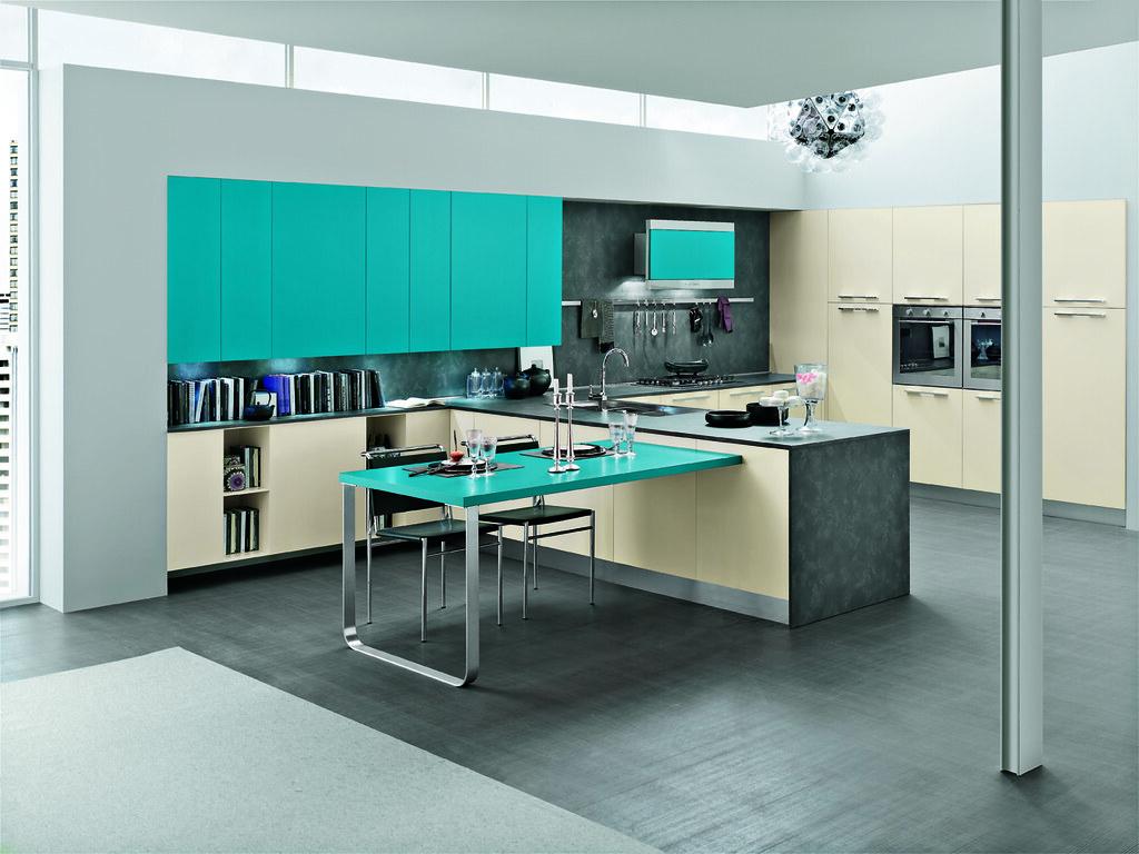 Cucina bianca top tortora best cucina bianca e grigia images amazing house design con cucina for Placcaggio cucina moderna