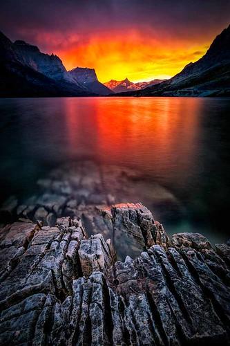 Niagara Falls Night Wallpaper Photos Sunset On St Mary Lake Glacier National Park Sunset On