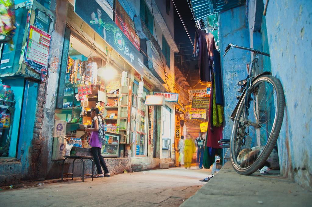 3d Street Art Wallpaper Street In Varanasi At Night 2011 Hendrik Terbeck Flickr