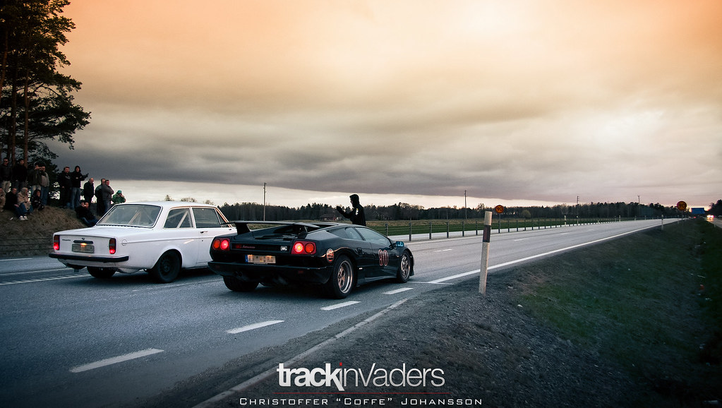 3d Street Wallpaper Just Your Average Swedish Street Race Lamborghini Diablo