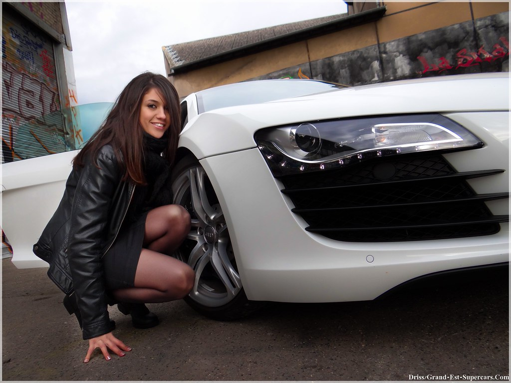 Really Cool 3d Wallpapers Girl Amp Audi R8 Grand Est Supercars Com G E Supercars