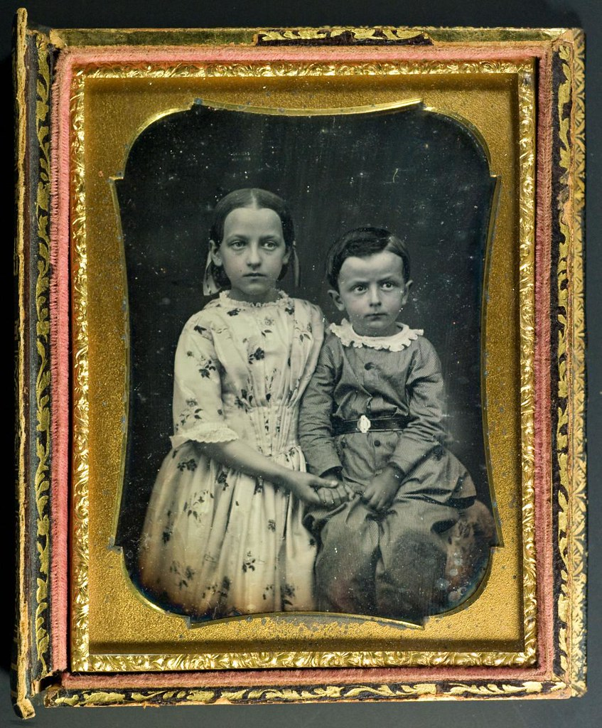 American Girl Wallpaper Hd American Quarter Plate Daguerreotype Of Two Young Children