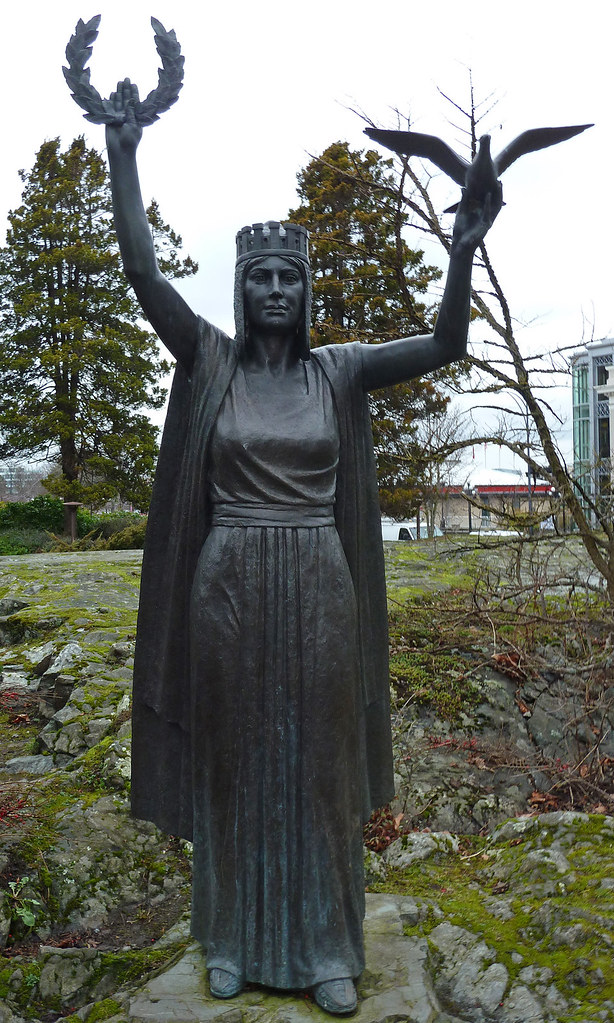 Big B Mackenzie-papineau Monument | Victoria Bc Memorial To The