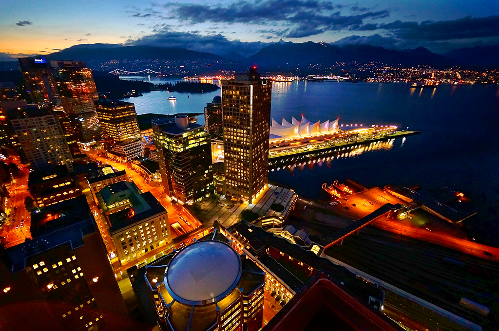 Canada Wallpaper Hd Iphone Vancouver City Skyline At Twilight The View Of Vancouver