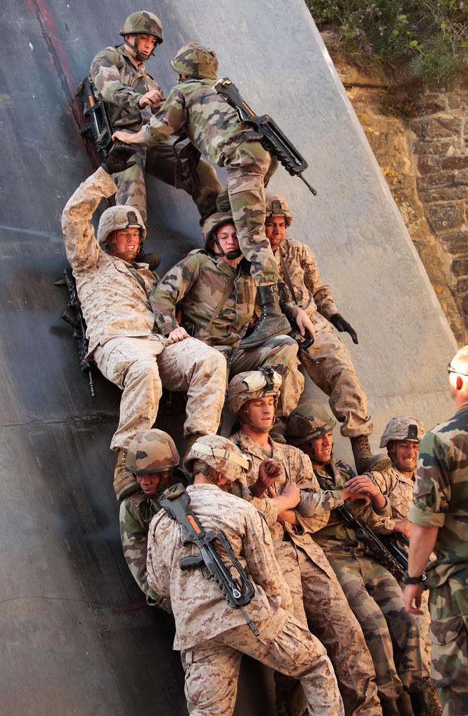 Still Life 3d Wallpaper Climbing The Corporal Ladder U S Marines From Ii Marine