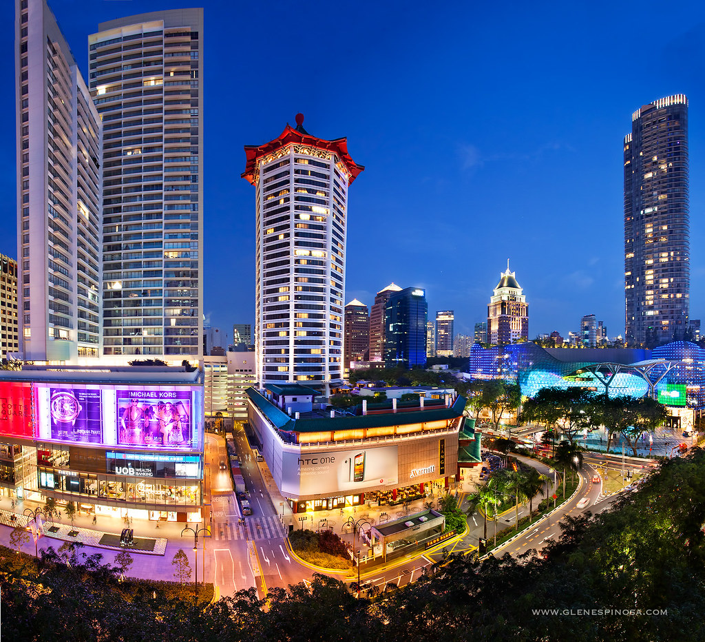 3d Wallpaper Singapore Orchard Road Singapore At Night Orchard Road Is A 2 2