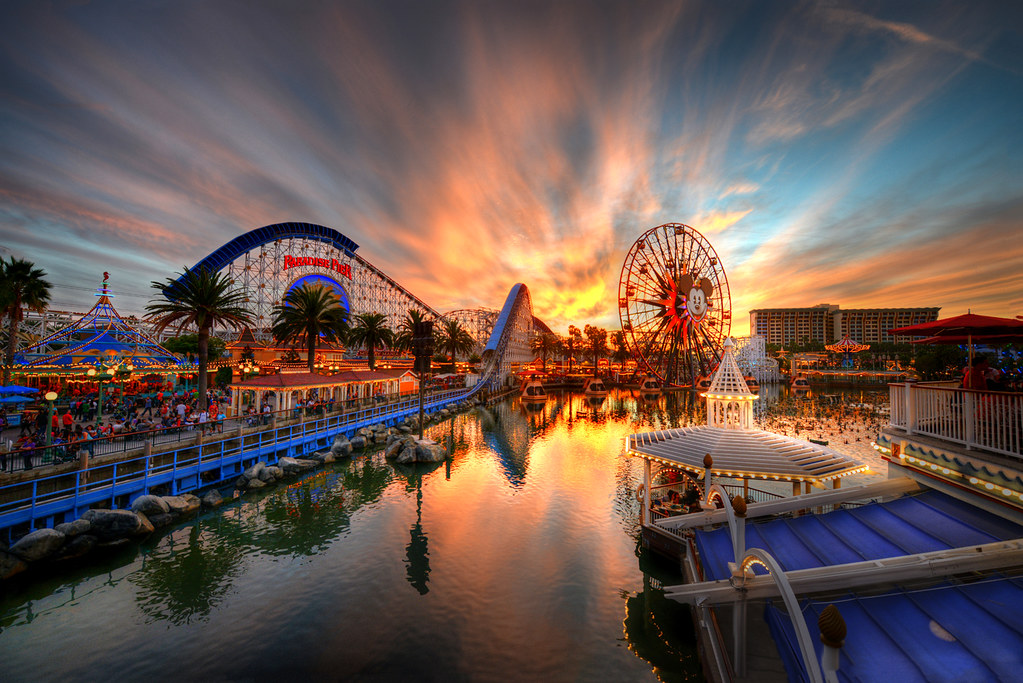 Good 3d Wallpapers For Desktop Paradise Pier Inferno Please View Larger On Black For
