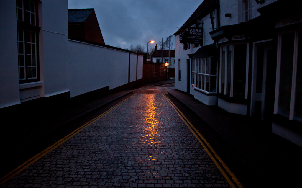 Cobblestone street at night in horncastle lincolnshire