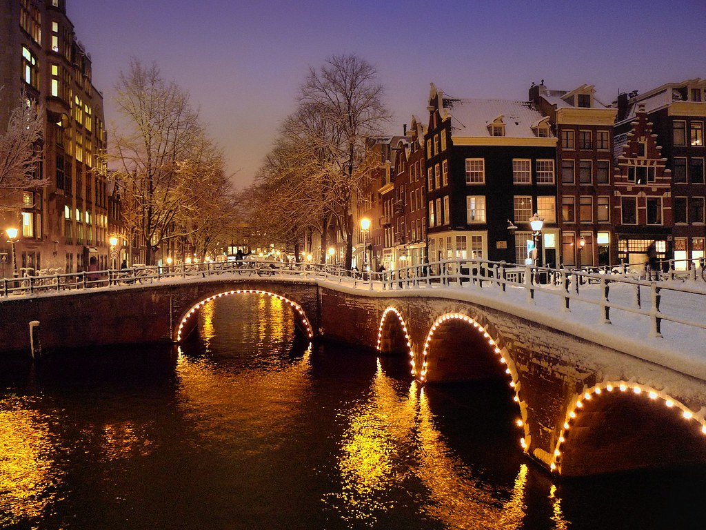 Merry Xmas 3d Wallpaper A Beautiful Wintry Evening In Centre Of Amsterdam 169 All