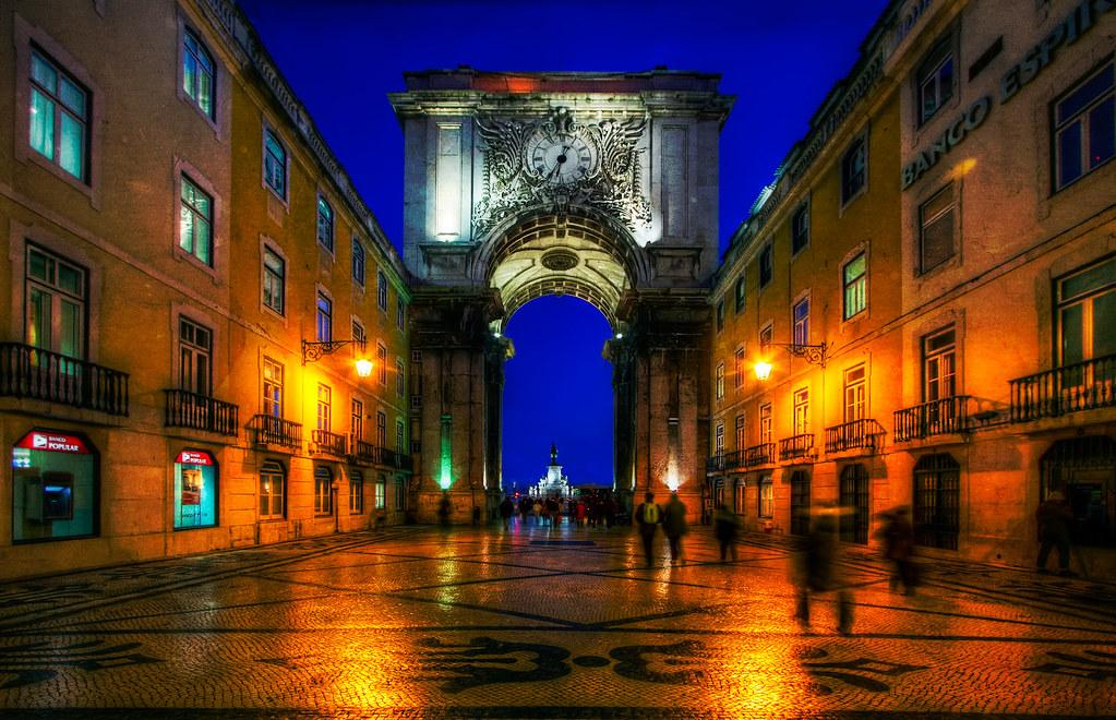 3d Street Wallpaper Lisbon Street Portugal Downtown Lisbon At Night Hdr Of