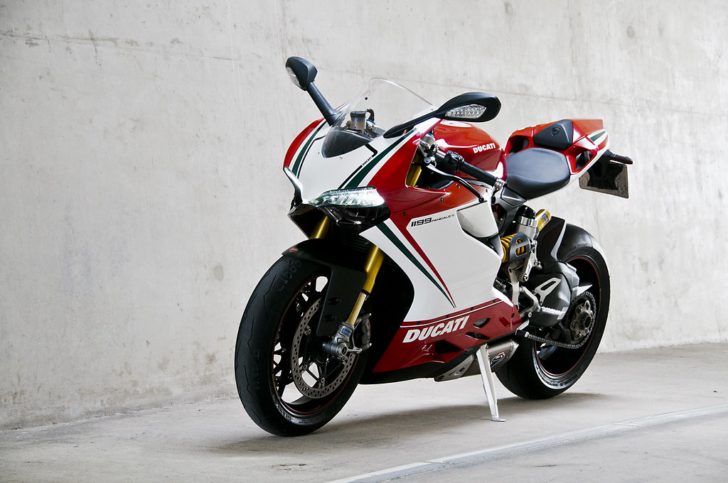 New 3d Wallpaper 1920x1080 Ducati Panigale 1199 S Tricolore Photoshoot For Motor