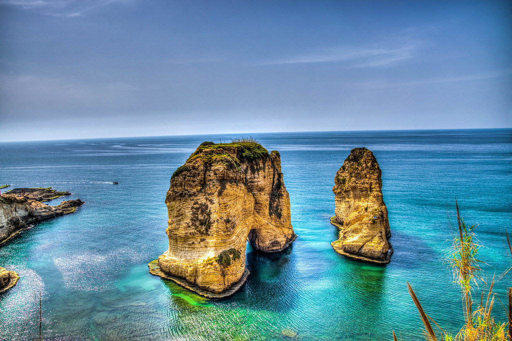 Wallpaper 3d Pc Hd Pigeons Rock Or Raouch 233 In Beirut Lebanon Raouch 233
