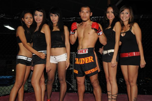 Workout Girl Wallpaper Tiger Muay Thai Champion And Ring Girls Bbq Beatdown