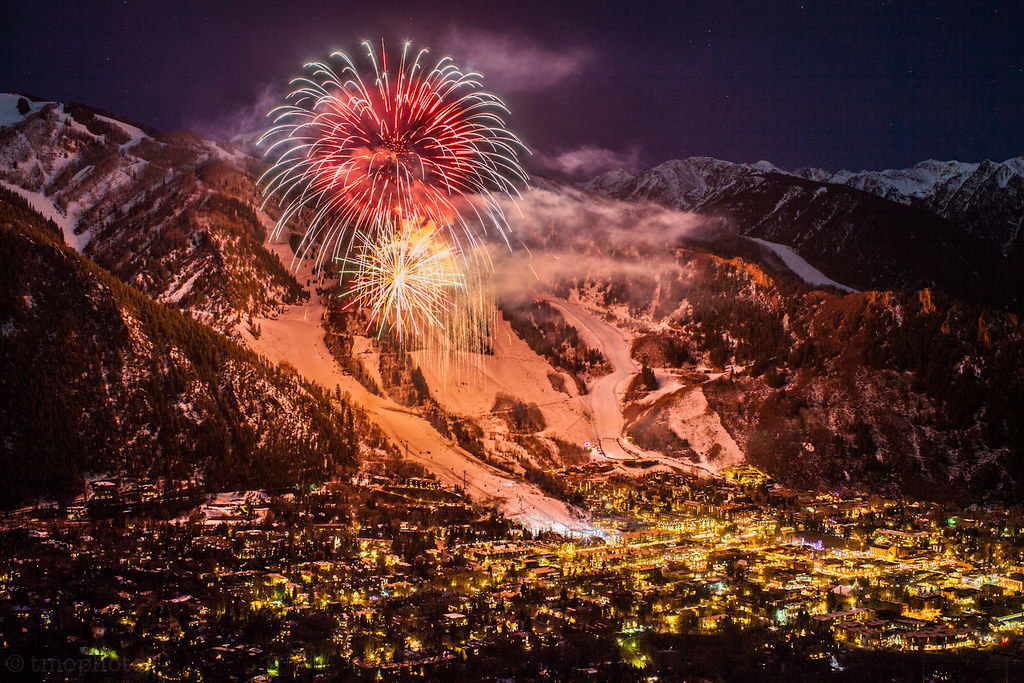 3d Animated Wallpaper Christmas Aspen Mountain Fireworks Cinemagraph My First Try At A