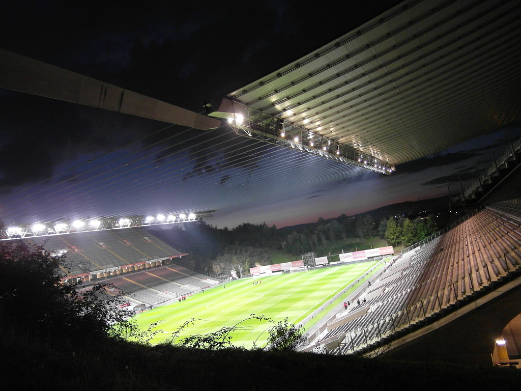 New 3d Wallpaper Est 225 Dio Municipal De Braga Braga Stadium At Dawn Before