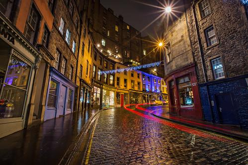 Car Hdr Wallpaper Victoria Street Lights At Night Old Town Edinburgh Scot