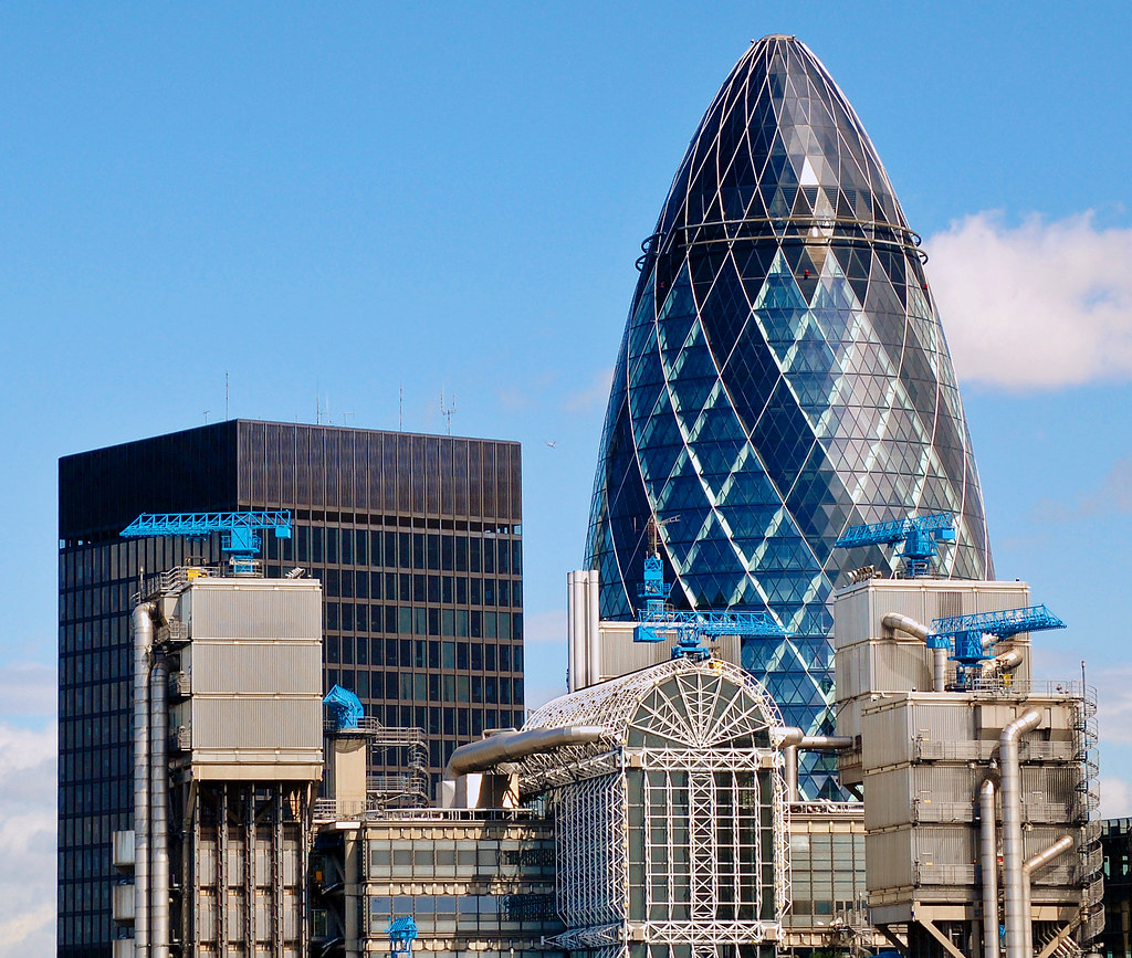 3d Photo Wallpaper Free Download The Gherkin And The Lloyd S Building City Of London